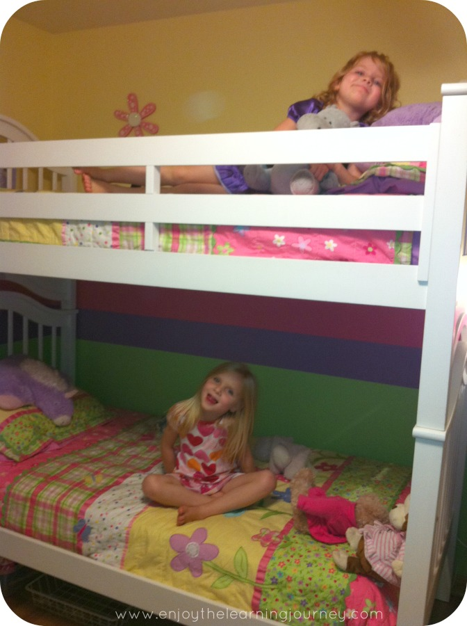 Peak Into Our Week – Bunk Beds, Trips to the Park, Sparkly Toes, Kid Photography and Shopping
